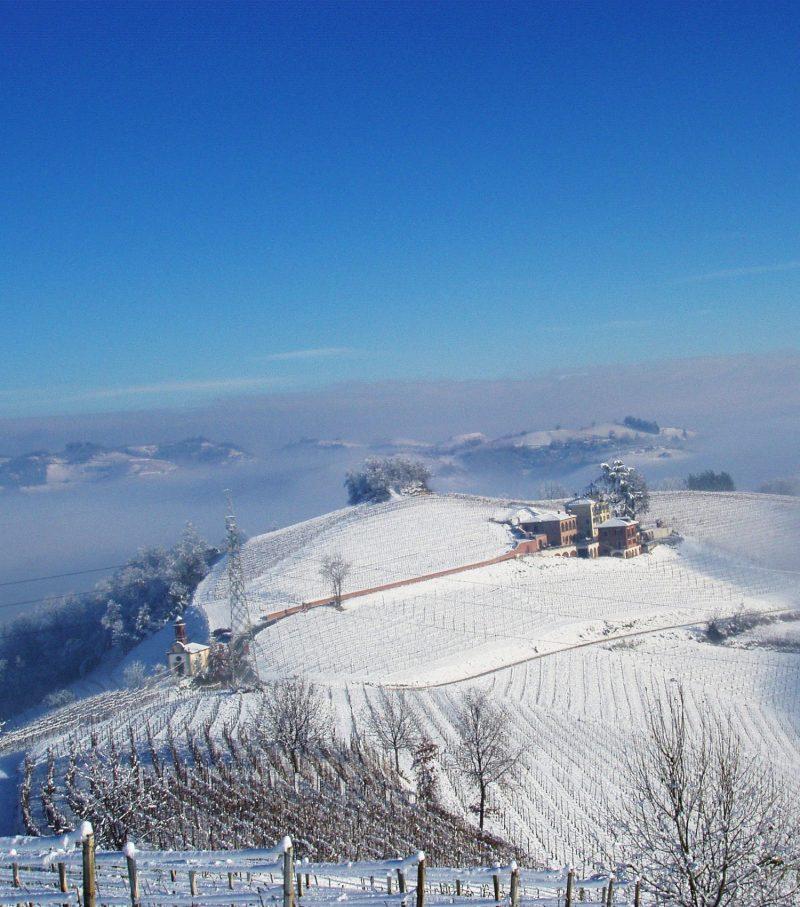 La neve disegna panorami incantevoli. Il Roero è un posto bellissimo da scoprire